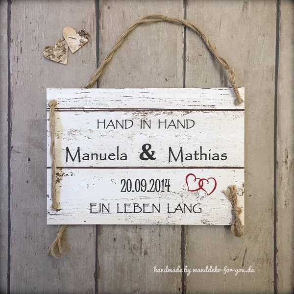Hand in Hand mit Namen
